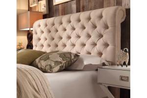 Классическое мягкое изголовье кровати
